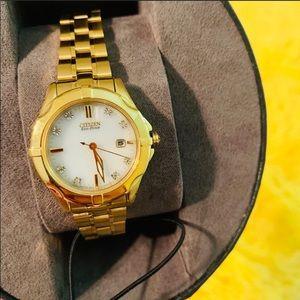 Citizen gold watch w/ 8 diamonds
